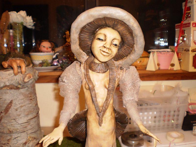 Agaricus bisporus- The Mushroom Maiden (3) (1)